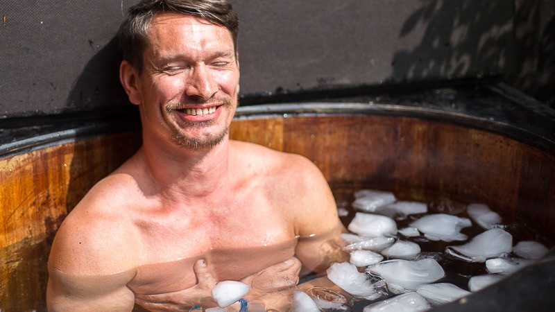 Image 1 of 2 - Experience Ice Bath to get an impression of WHM Fundamentals Workshop at Bergisch Gladbach