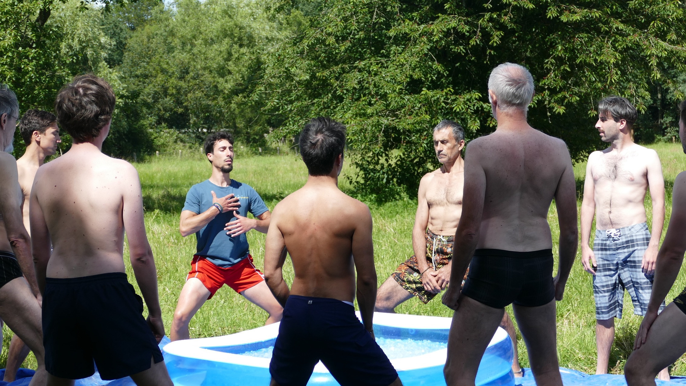 Image 7 of 9 - Experience Ice Bath to get an impression of WHM Fundamentals Workshop at Boissy-lès-Perche