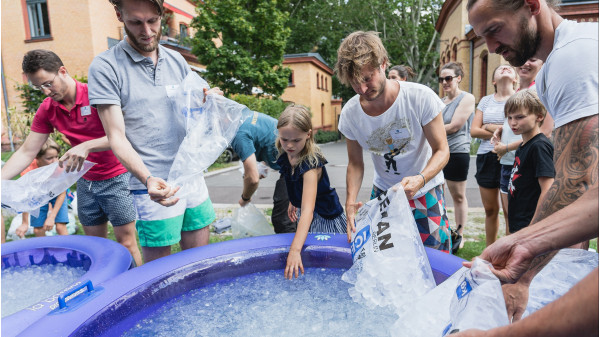 Image 1 of 11 - Experience Ice Bath to get an impression of WHM Fundamentals Workshop at Zürich