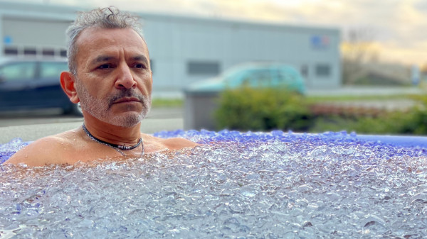 Image 9 of 11 - Experience Ice Bath to get an impression of WHM Fundamentals Workshop at Zürich